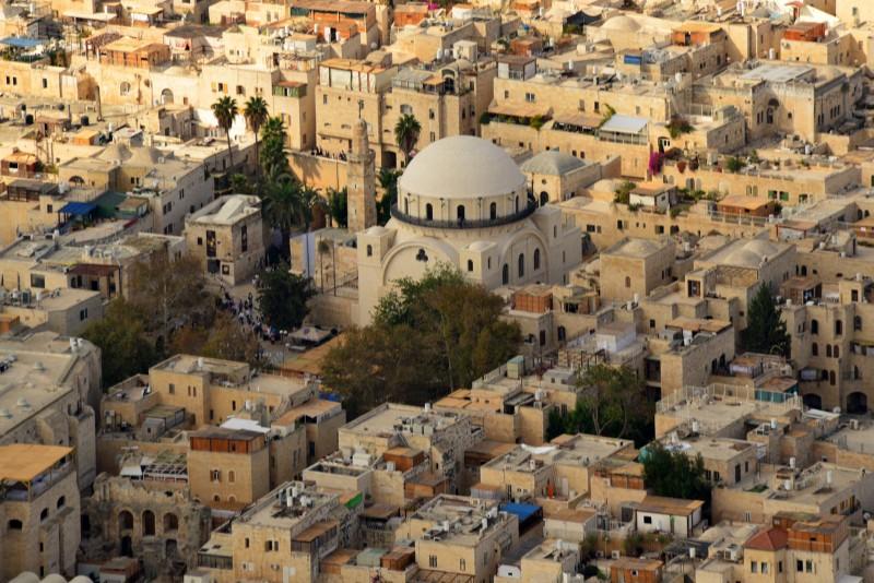 תכנונו מחדש ובנייתו של בית-כנסת חורבת רבי יהודה חסיד
