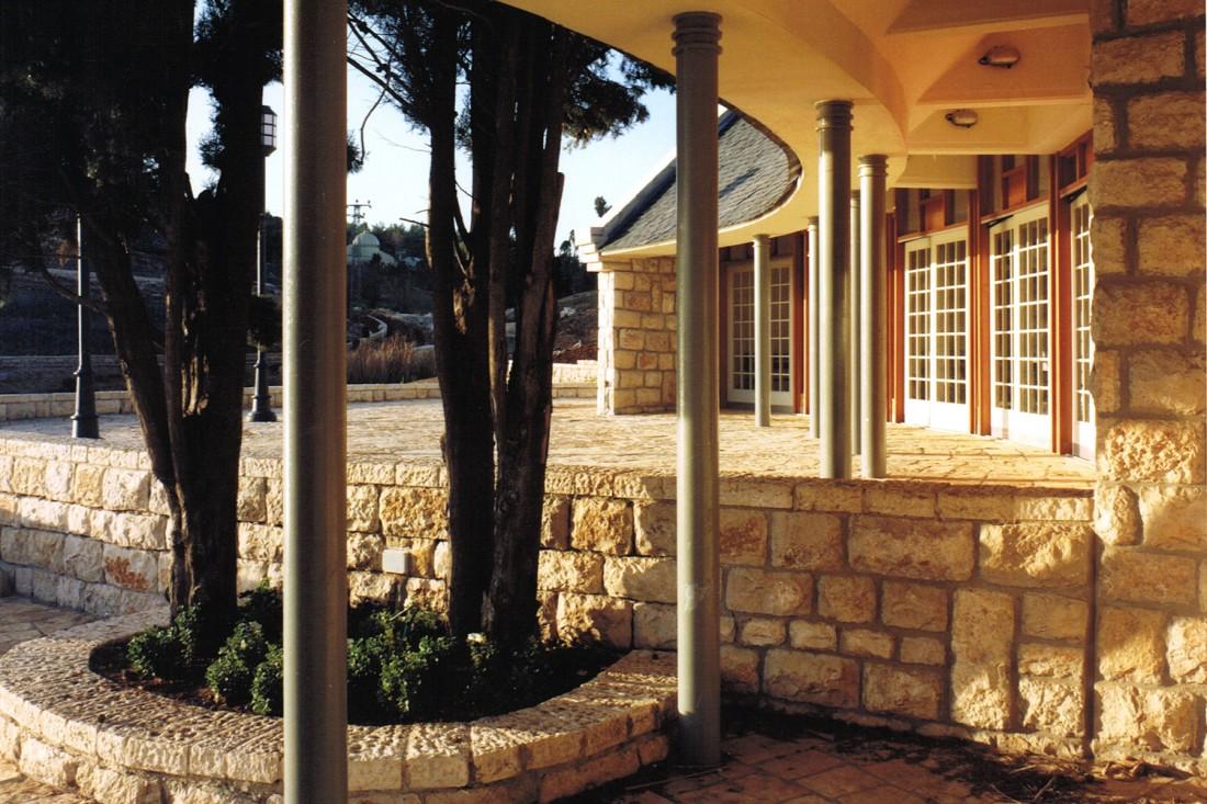 נחום מלצר יצחק אפריל אדריכלים מבנה קפיטריה הגן הבוטני (2)