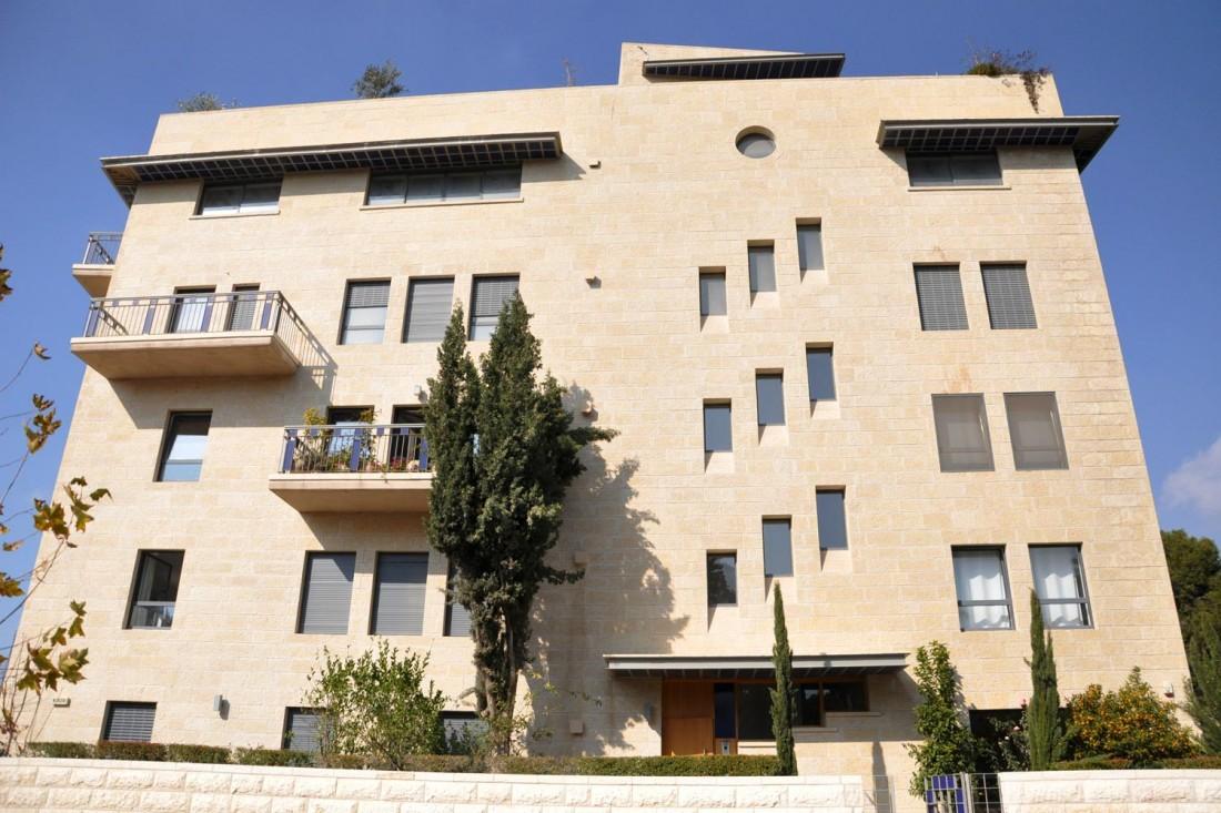 נחום מלצר יצחק אפריל אדריכלים מגורים ברחוב הרכבת ירושלים (4)