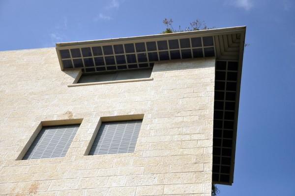 נחום מלצר יצחק אפריל אדריכלים מגורים ברחוב הרכבת ירושלים (8)
